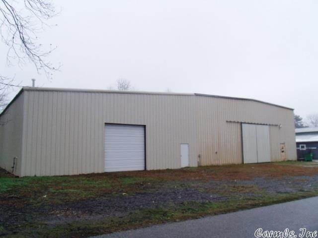 Commercial / Industrial for Sale at 202 W Henderson Street Nashville, Arkansas 71852 United States