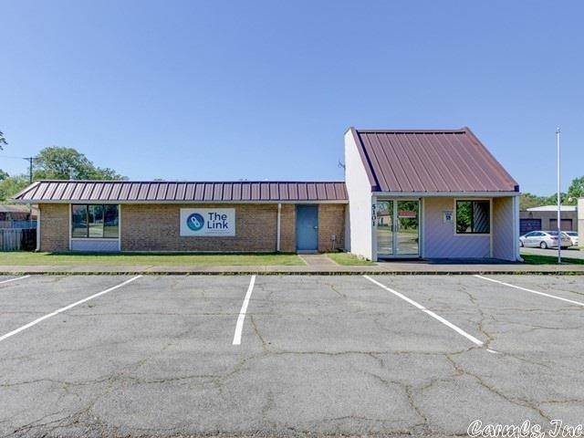 Commercial / Industrial for Sale at 5101 McClanahan Drive North Little Rock, Arkansas 72116 United States