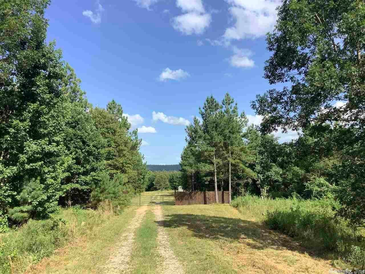 Vacant land for Sale at 4855 W Strawberry Road Mountain Pine, Arkansas 71956 United States