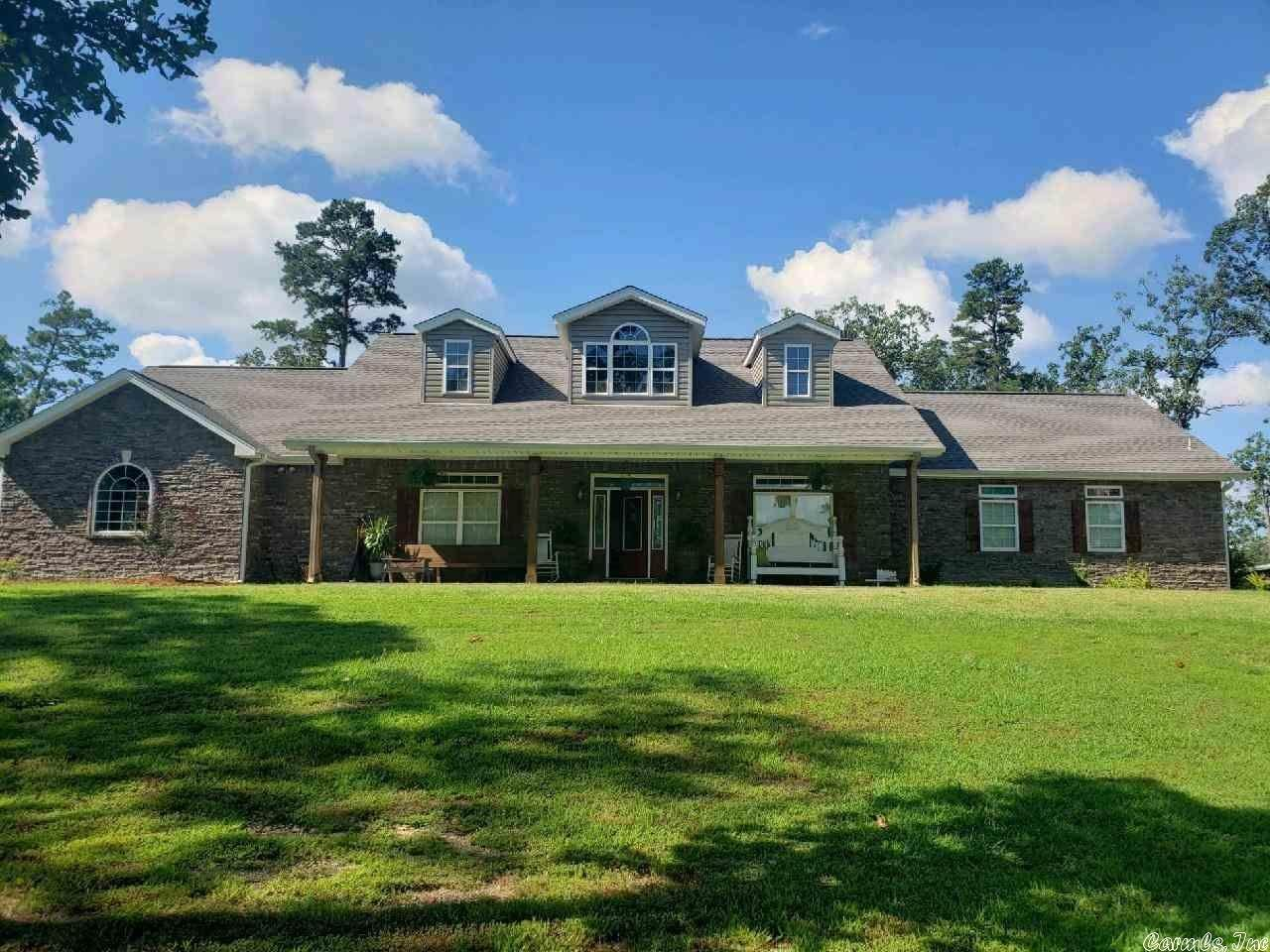 Residential for Sale at 195 Pate Lane Mena, Arkansas 71953 United States