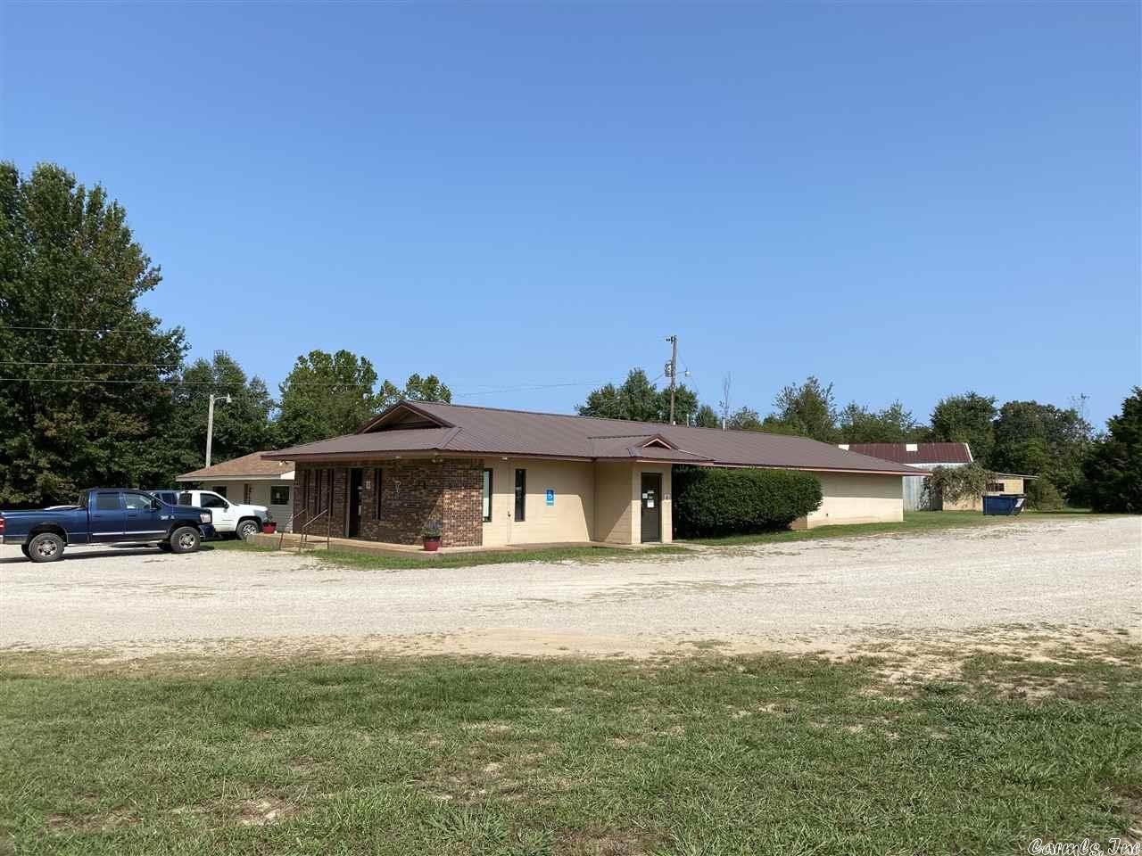 Commercial / Industrial for Sale at 14268 62/412 Highway Ash Flat, Arkansas 72513 United States