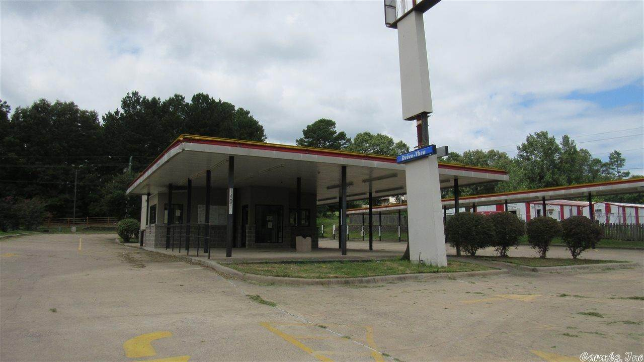 Commercial / Industrial for Sale at 14010 Chicot Road Mabelvale, Arkansas 72103 United States