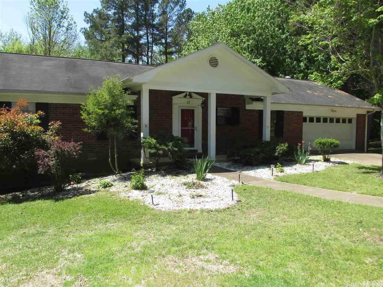 Ranch for Sale at 13 Concord Circle Arkadelphia, Arkansas 71923 United States