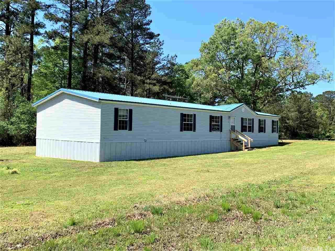 Residential for Sale at 4118 W hwy 212 Star City, Arkansas 71667 United States