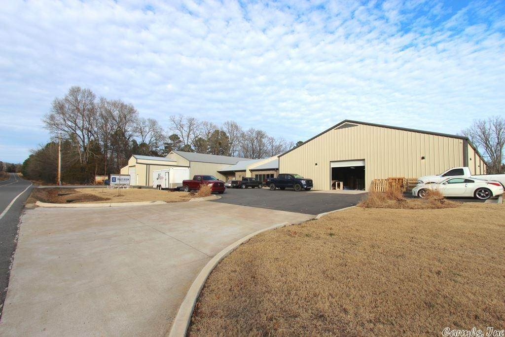 Commercial / Industrial for Sale at 1182 Lollie Road Conway, Arkansas 72034 United States