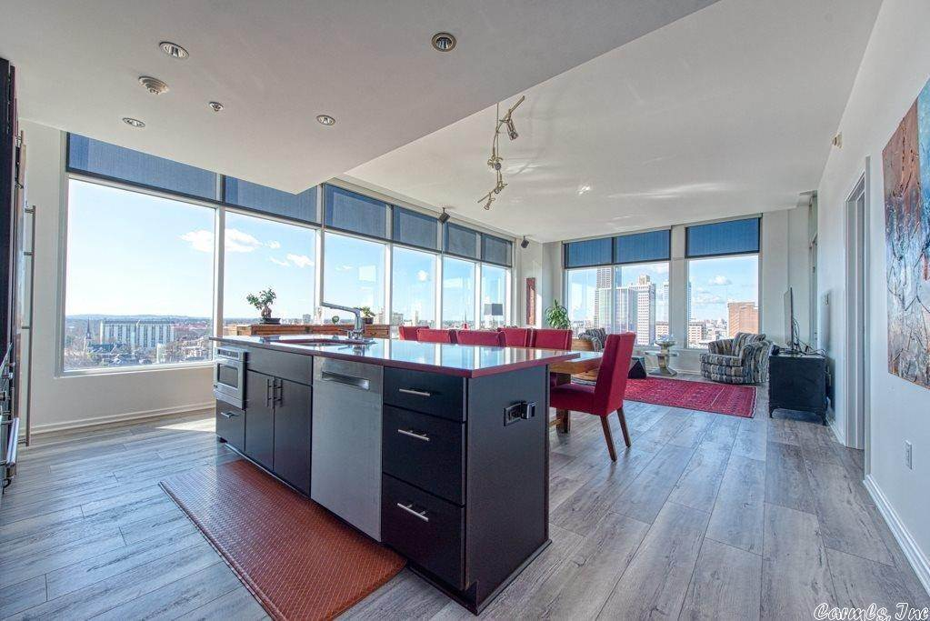 Residential for Sale at 315 Rock #1609 Little Rock, Arkansas 72202 United States
