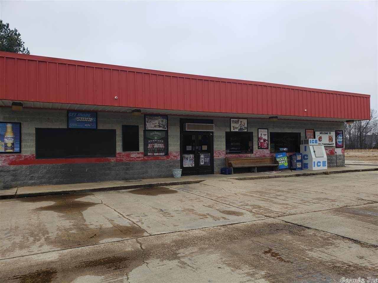Commercial / Industrial for Sale at 11002 hwy 135 N Lafe, Arkansas 72450 United States