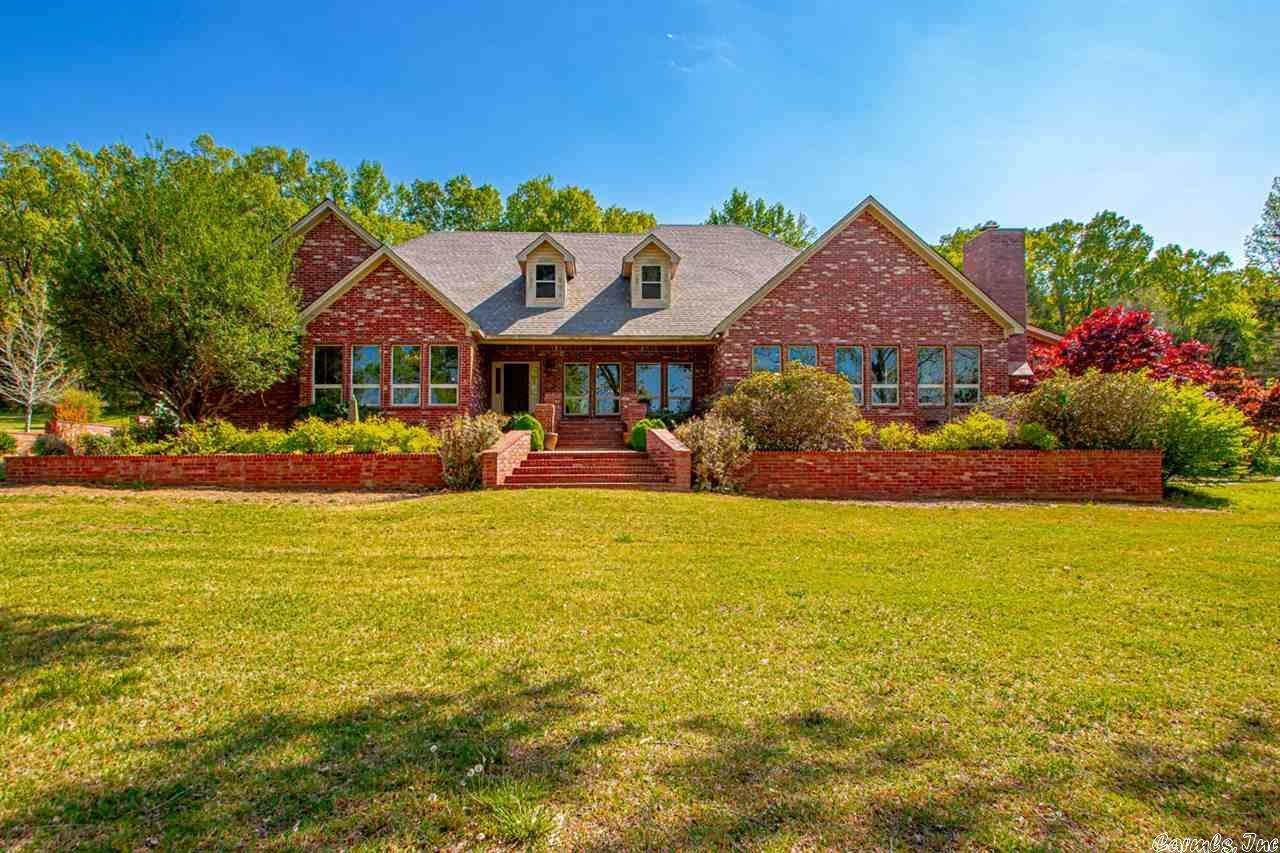 Single Family Homes for Sale at 5400 Jim Hall Road Sherwood, Arkansas 72076 United States