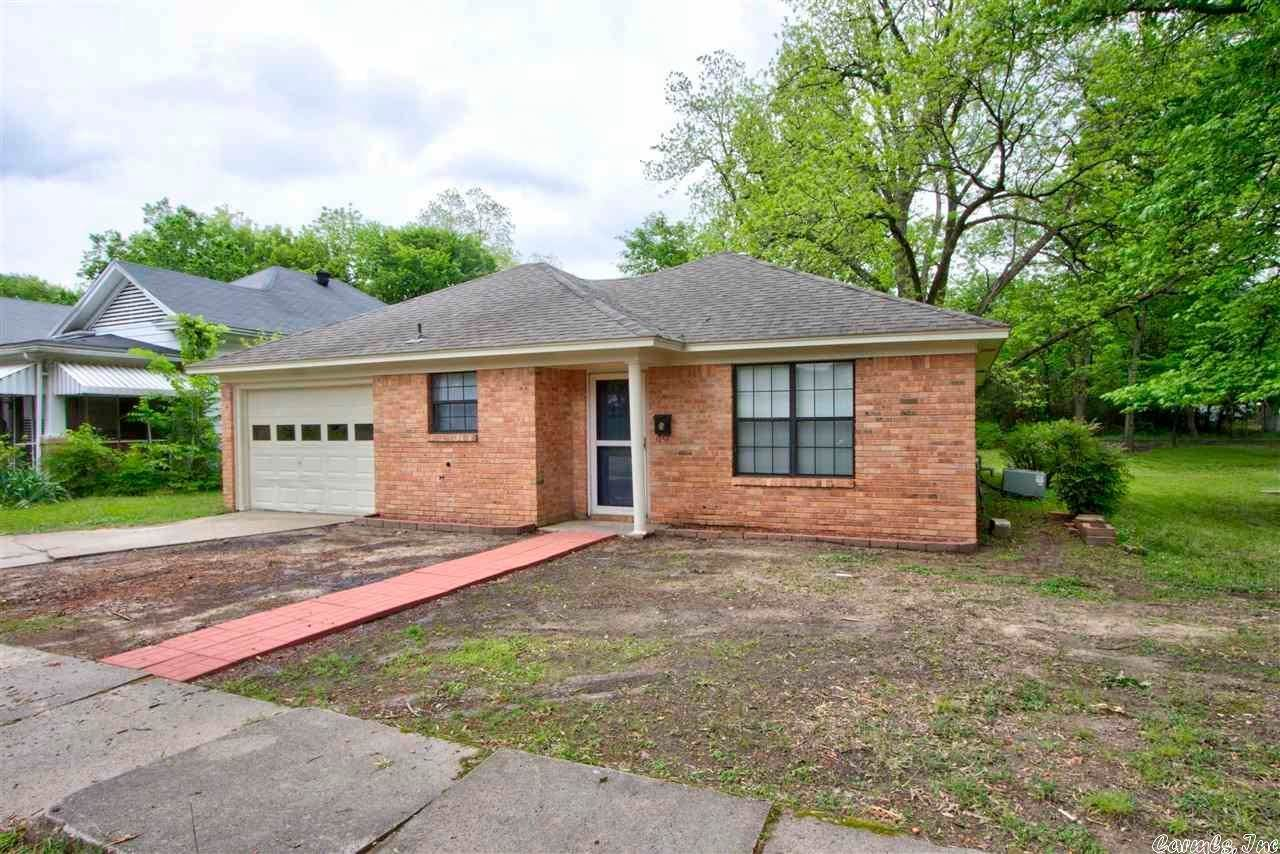 Single Family Homes for Sale at 1912 Wood Street Texarkana, Texas 75501 United States