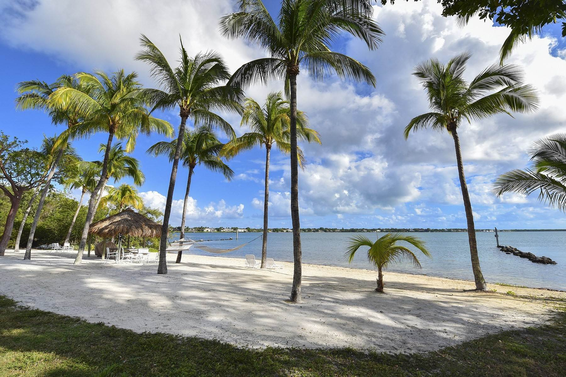 Property per Vendita alle ore 10 Cannon Point, Key Largo, FL 10 Cannon Point Key Largo, Florida 33037 Stati Uniti