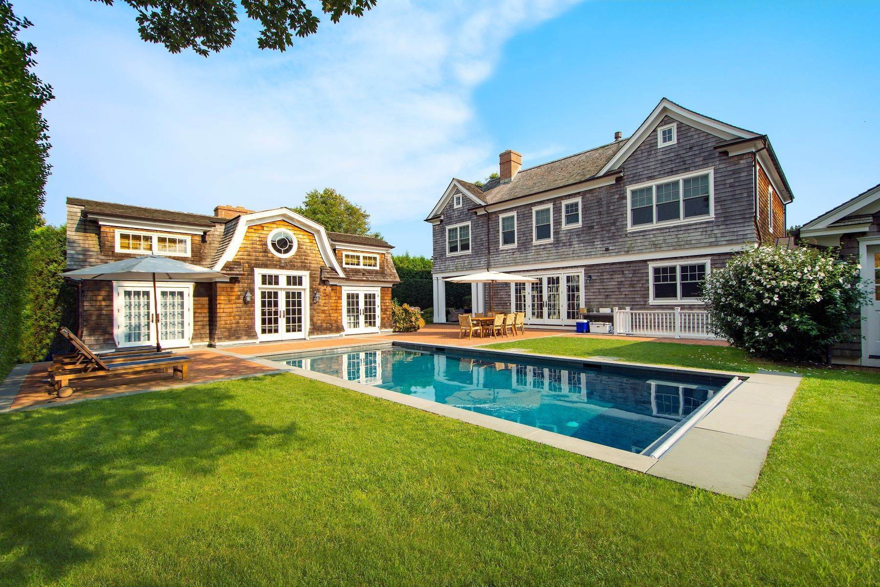 Single Family Homes のために 売買 アット Fantastic Shingle Style On Post Lane 111 Post Lane Southampton, ニューヨーク 11968 アメリカ